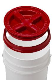 Gamma seal lids with rings come in a variety of colors